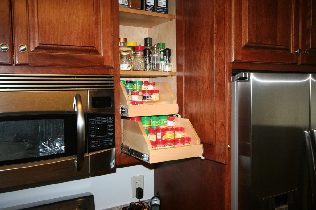 . Roll Out Shelves   Joe s Custom Cabinetry